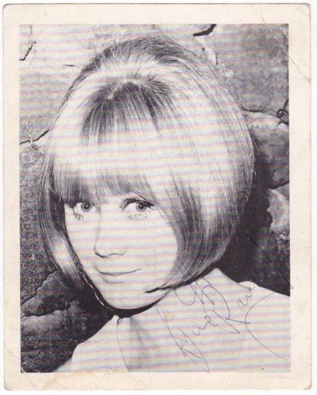 Lynne Randell SIGNED Photo